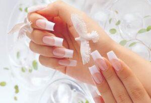 салон красоты - наращивание ногтей